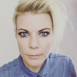 Amanda Portinari, Superviseure de Compte